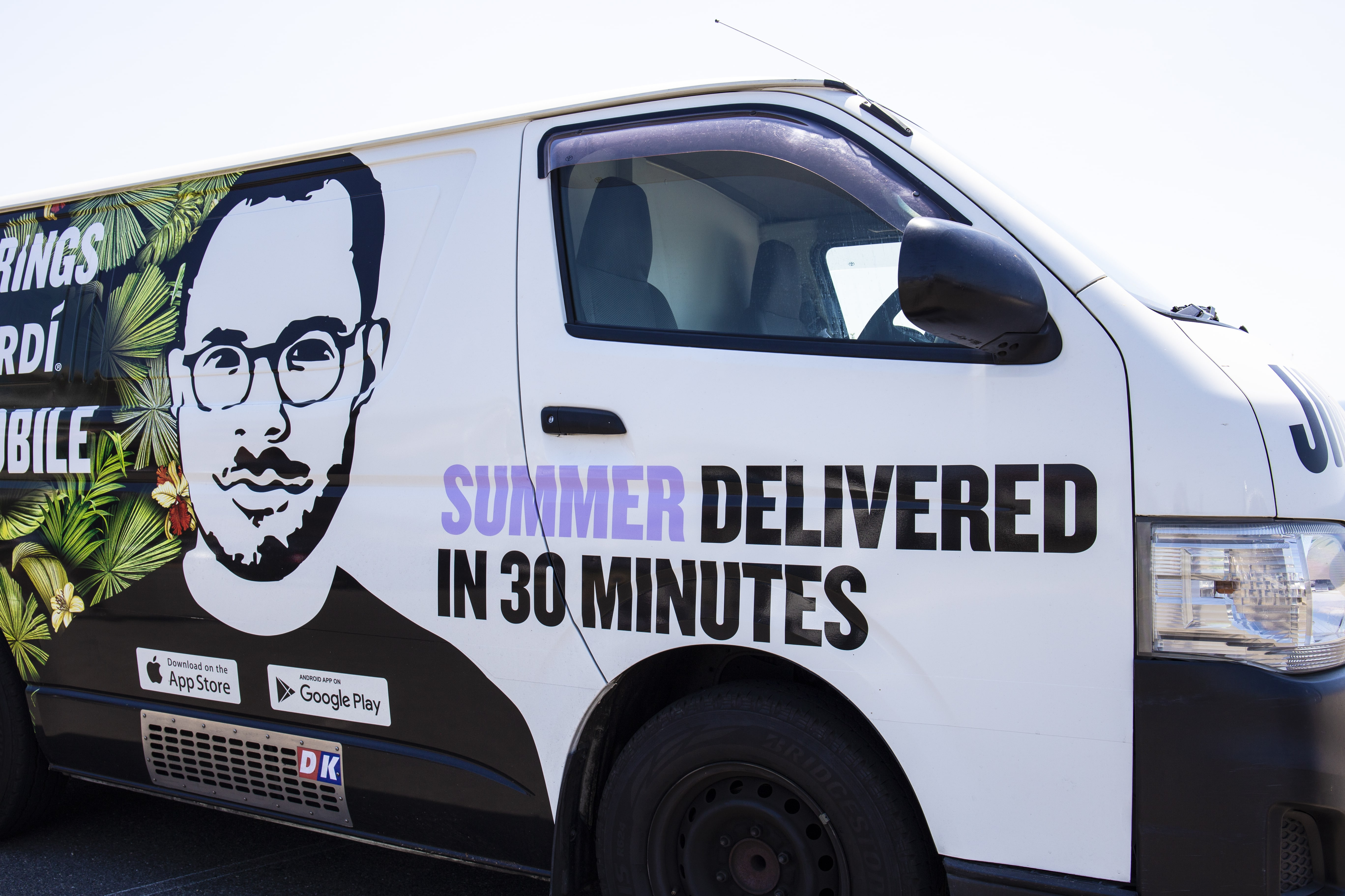 Bacardi Teams Up With Undeniably Convenient Jimmy Brings To Deliver Summer In 30 Minutes.